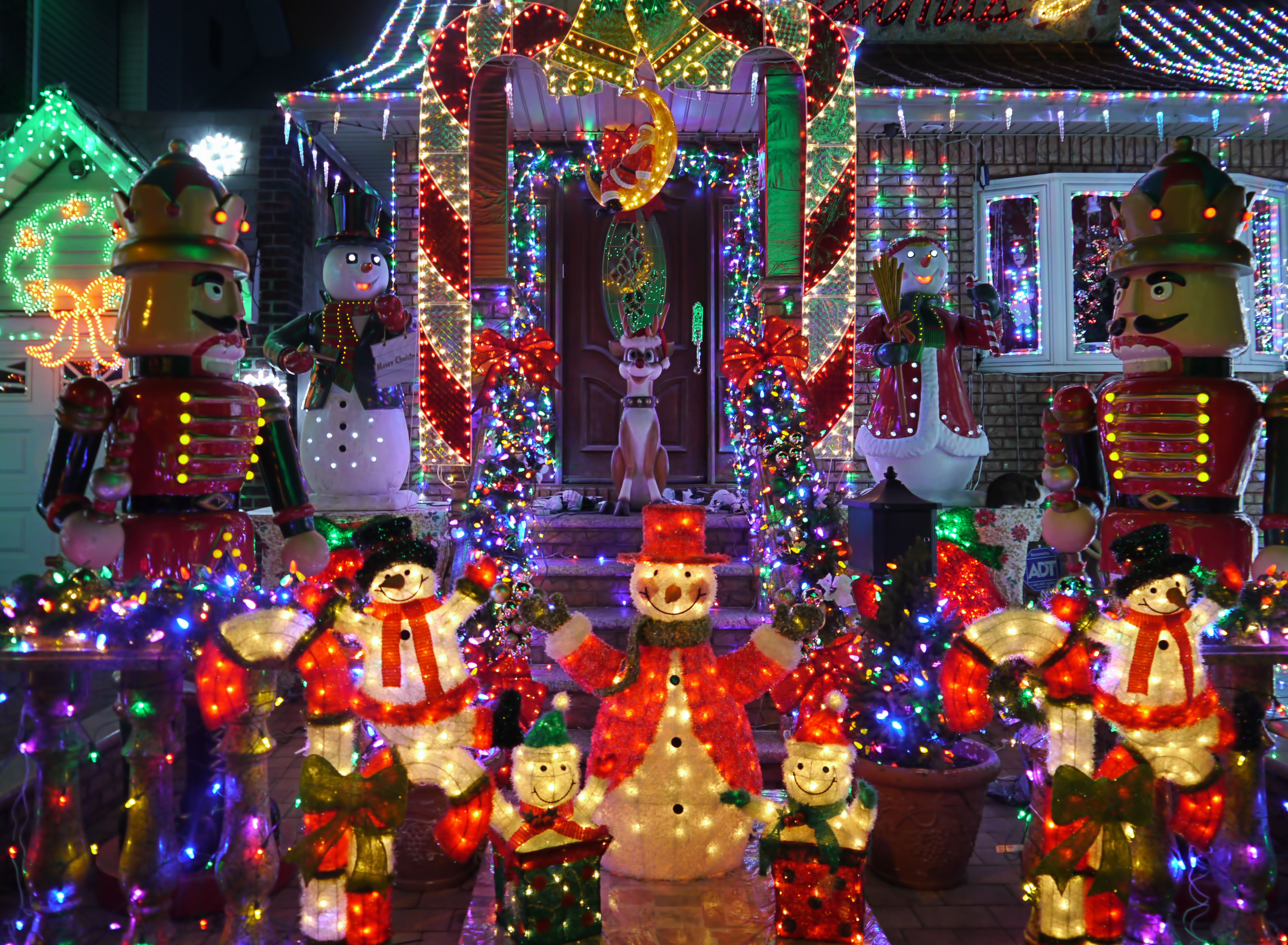 keep your house safe with these holiday decorating safety tips - Christmas Decorating Safety Tips