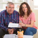 Which Life Insurance Policy Is Better For Your Family – Term Life or Whole Life Insurance